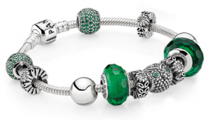 Pandora bracelet with owl in green