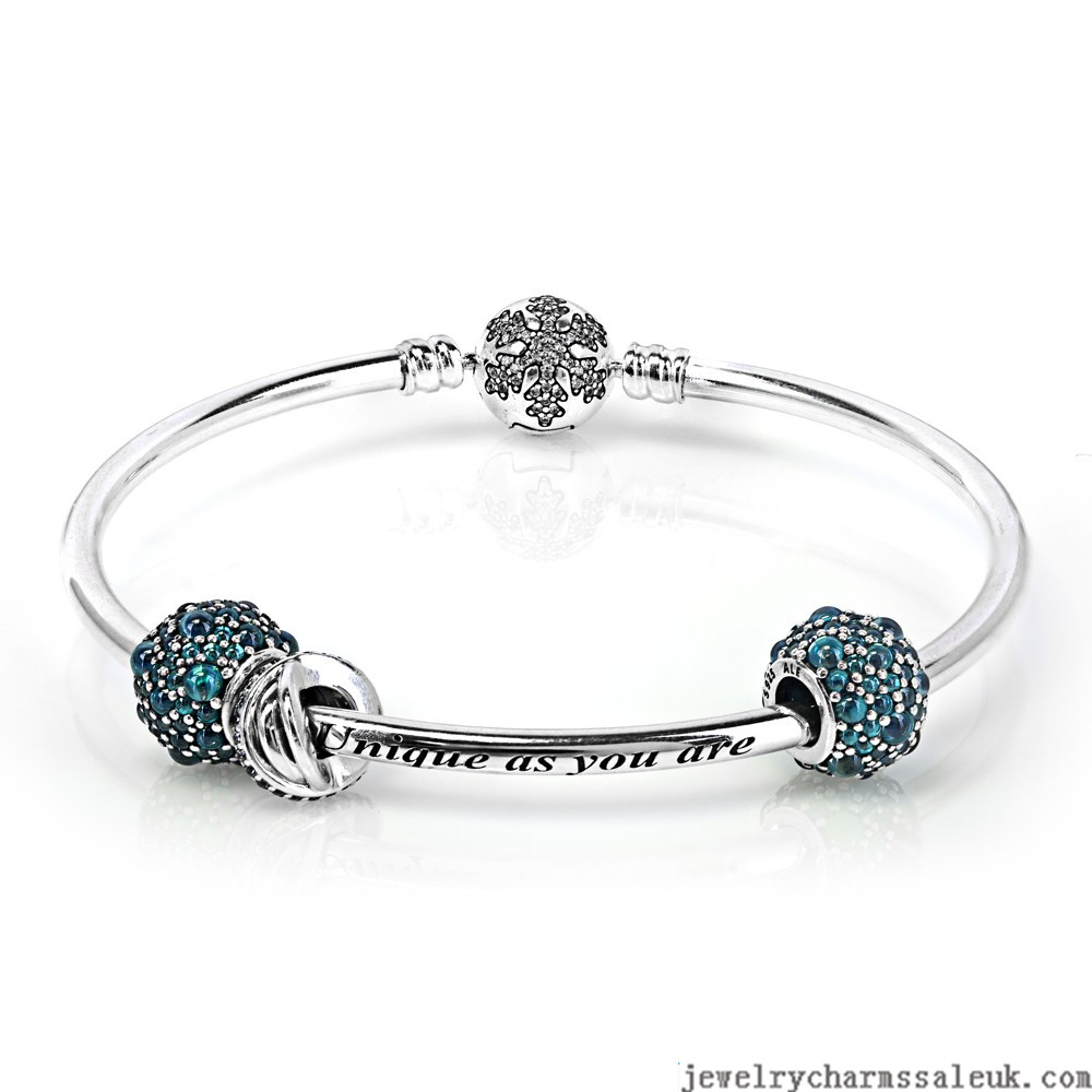Pandora-Unique-Shimmering-Snowflake-Complete-Bangle-QS0798